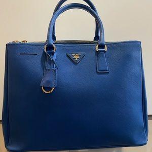 Preloved Authentic Prada Handbag